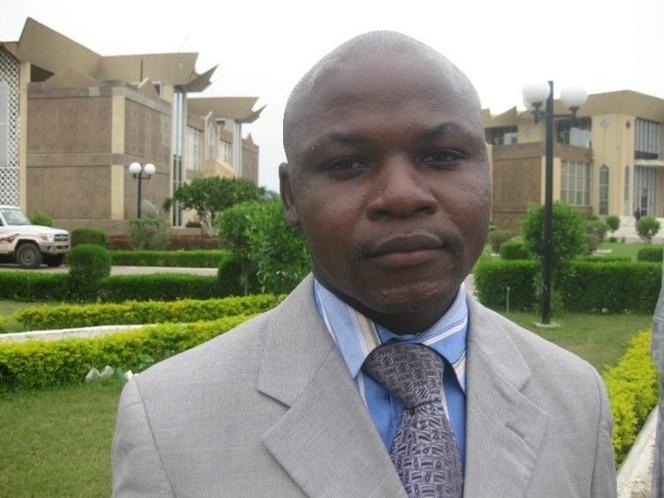 La FIJ demande la libération  d'un journaliste incarcéré au Tchad