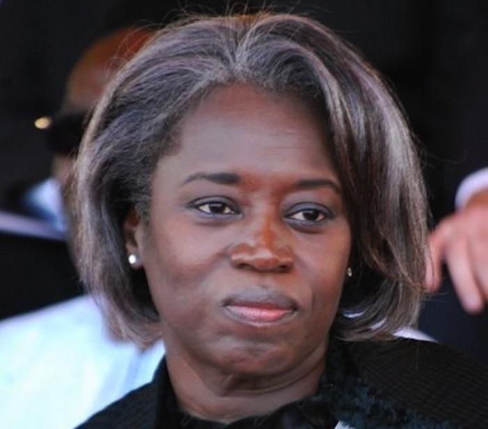"""Présidence-Conseillère du président au rang de ministre, Aminata Niane: """"L'ennemie"""" qui perçoit 24 millions par an qui ulcère les proches de Macky Sall"""