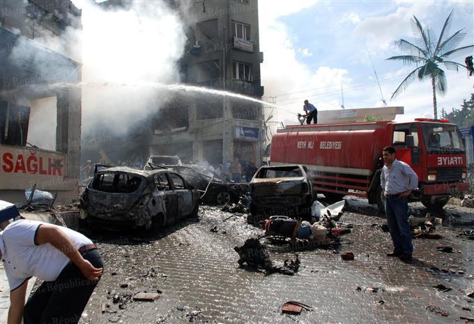 Turquie : au moins 40 morts et une centaine de blessés dans le double attentat près de la frontière syrienne (nouveau bilan)