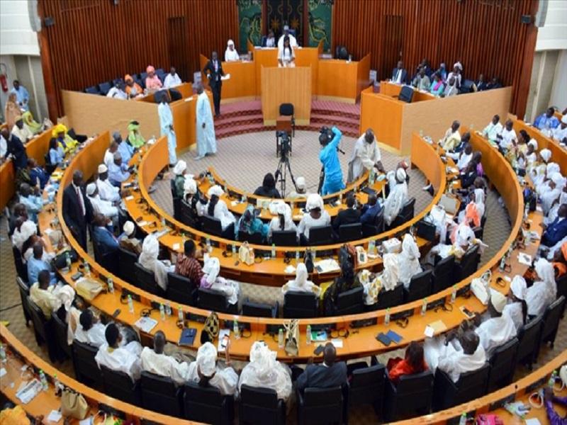 Assemblée nationale: la loi sur le report des Locales votée vendredi prochain