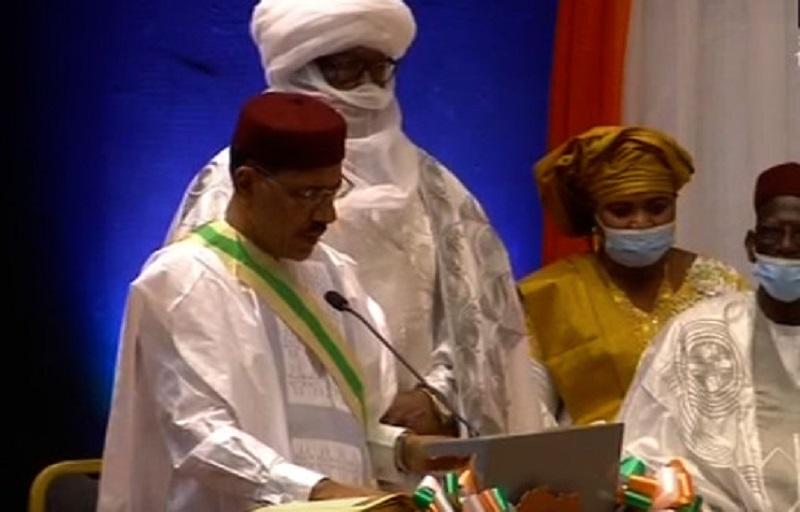Niger : Mohamed Bazoum a été investi président de la République