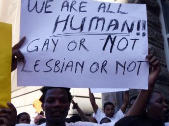 Manifestation au Cap, en Afrique du Sud, lors de la condamnation des deux homosexuels au Malawi, en mai 2010. GettyImages