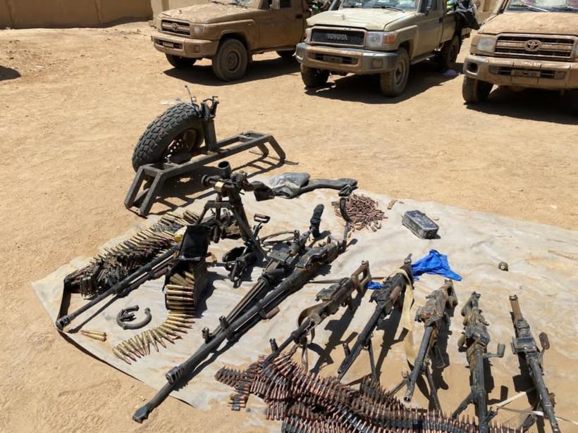 Mali: un soldat et 12 djihadistes tués dans des combats, selon l'armée