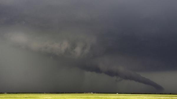 Une tornade géante fait des dizaines de morts dans la cité de Moore aux Etats-Unis