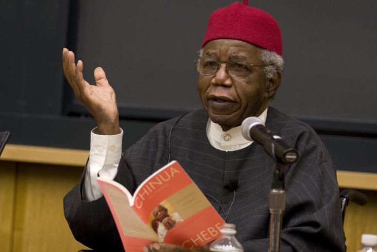 Littérature: le Nigeria rend un dernier hommage à Chinua Achebe