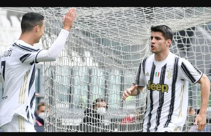 Serie A : la Juventus s'accroche au podium, Naples suit, la Lazio à l'arrachée