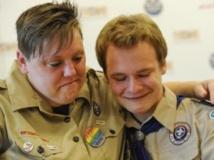 Les jeunes homosexuels désormais acceptés chez les scouts américains