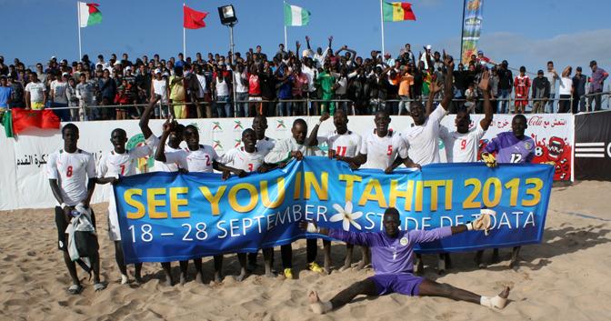 """CAN Beach Soccer: les """"Lions"""" battent le Nigéria (9-8), se qualifient en finale et s'ouvrent les portes du mondial"""