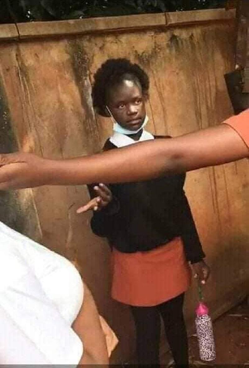 Un Hashtag pour une écolière sud-africaine qui s'est suicidée après avoir été intimidée par ses camarades d'école