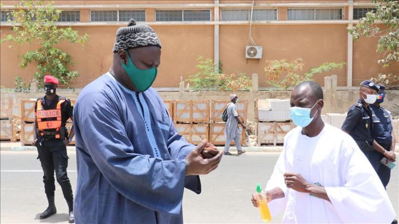 """Covid_19 sn: """"le variant britannique retrouvé chez 14 patients dans 7 districts de Dakar"""""""