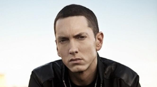 Eminem, Facebook l'a violé