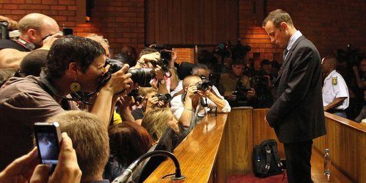 Affaire Pistorius: des photos des toilettes où il a tué son amie diffusées
