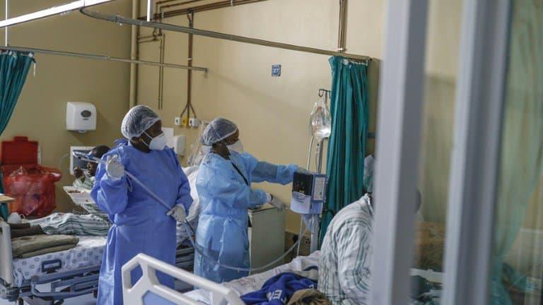 Covid-19: l'Afrique du Sud devrait reprendre rapidement les injections de vaccin Johnson & Johnson