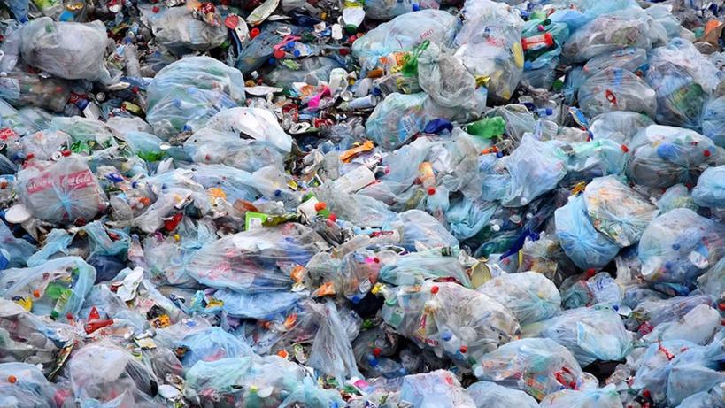 Interdiction des produits plastiques: 70 tonnes de plastiques incinérées