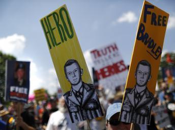 WikiLeaks: manifestation de soutien à Bradley Manning à deux jours de son procès