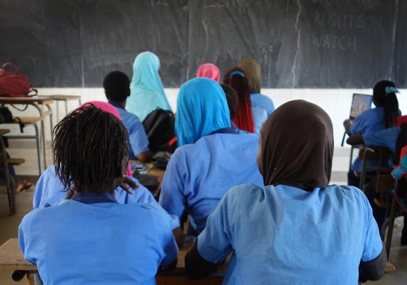 Education : les tenues scolaires seront généralisées dès la rentrée prochaine, annone Macky Sall