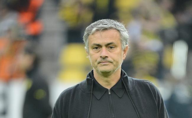 Angleterre Chelsea : Mourinho à Londres lundi