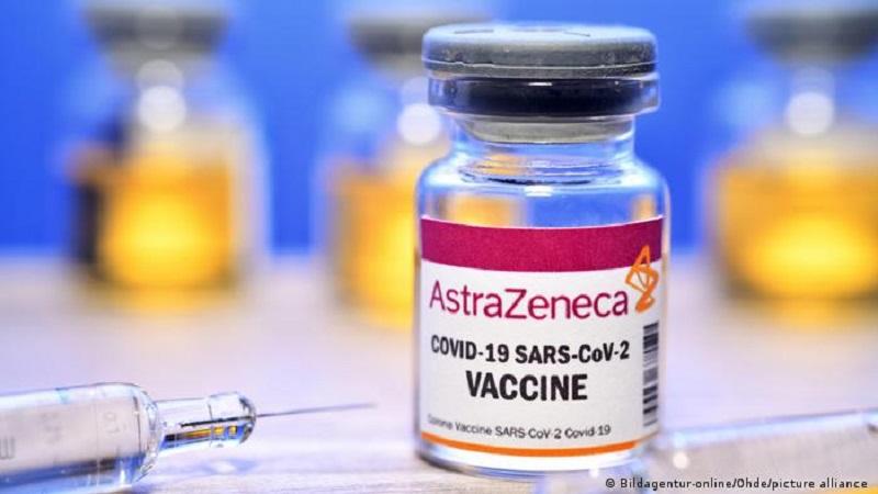 Covid-19: l'UE attaque en justice AstraZeneca pour ses retards de livraisons de vaccins