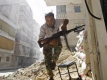 Un combattant de l'Armée syrienne libre, opposant à Bachar el-Assad, le 7 août dernier à Alep.