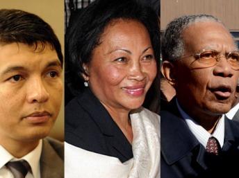 Les trois candidats controversés à la présidentielle: Andry Rajoelina, le président de la Transition, Lalao Ravalomanana, l'épouse du président déchu, et Didier Ratsiraka, chef d'Etat pendant vingt-deux ans. AFP/Montage RFI
