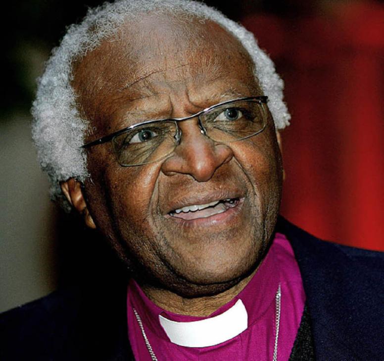Desmond Tutu sur Nelson Mandela: «Nos prières sont pour son confort et sa dignité»