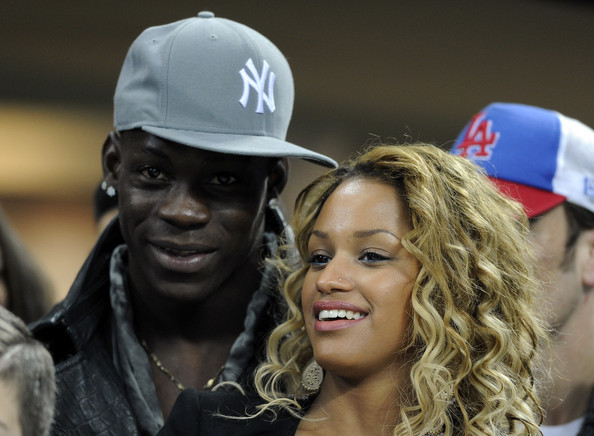 Balotelli a demandé la main de sa copine belge