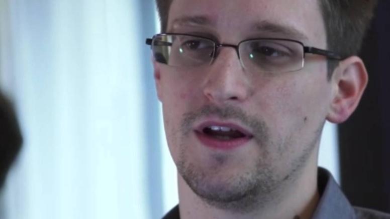 Surveillance par la NSA : Edward Snowden s'est évanoui dans la nature