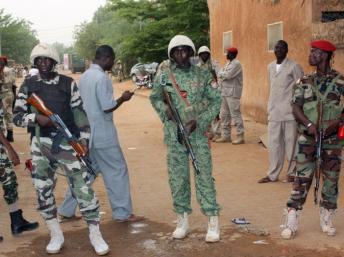 Quatrième attaque terroriste au Niger, qui s'enfonce dans une nouvelle forme de guerre