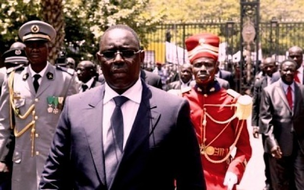 Le président Macky Sall en visite au Gabon avant de se rendre en Angleterre puis au G8