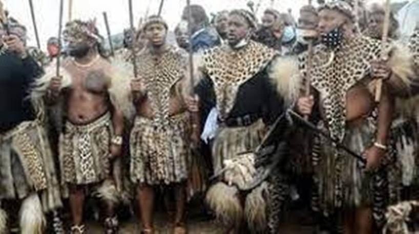 Afrique du Sud: intronisation sous tension du nouveau roi zoulou