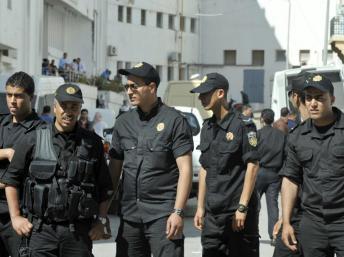 Tunisie: inquiétude des ONG après la convocation devant la justice de six rappeurs et d'une journaliste