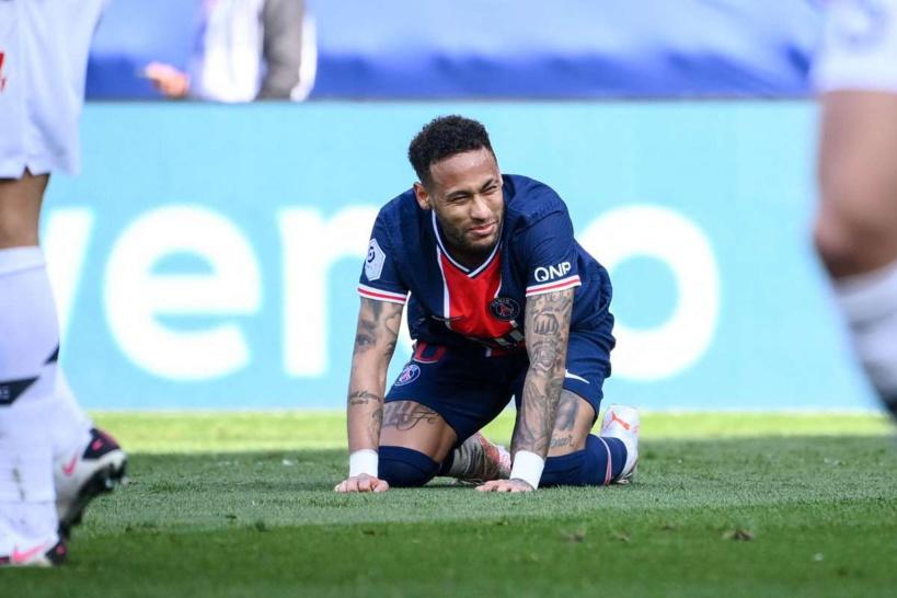 Suspendu pour la finale de la Coupe de France, Neymar face à un dilemme