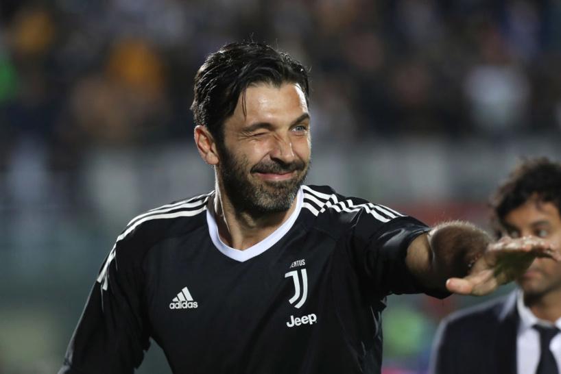 Mercato: Buffon pourrait rejoindre la Roma de Mourinho