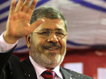 """Les islamistes manifestent pour soutenir Morsi et """"sauver la révolution"""
