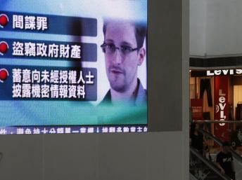 Etats-Unis: inculpation d'Edward Snowden pour espionnage