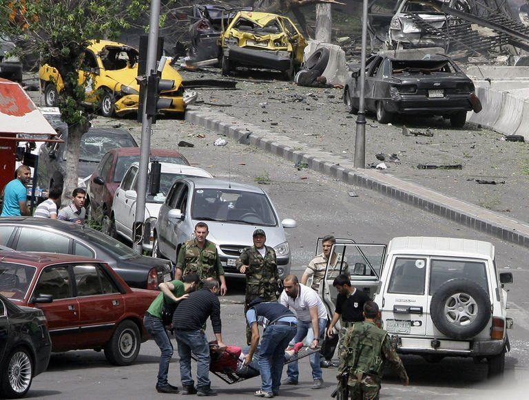 Syrie: trois morts et une dizaine de blessés dans un attentat à Damas (médias)