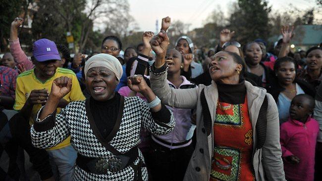 Afrique du Sud: Mandela sous assistance respiratoire