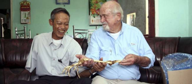 Un ex-soldat viêt-cong récupère les os de son bras amputé il y a 47 ans