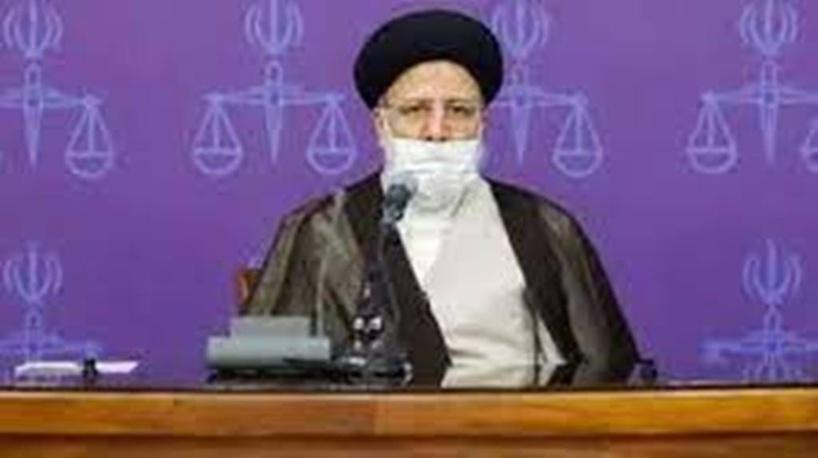 Présidentielle en Iran: les candidatures de Mahmoud Ahmadinejad et d'Ali Larijani invalidées