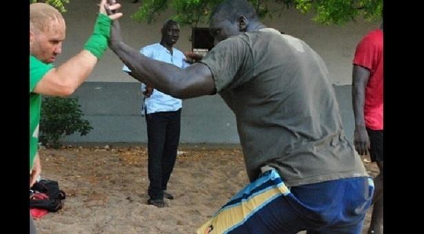 Lutte Senegal : Malick niang, «Ama Baldé m'envie parce qu'on ne m'a jamais frappé dans l'arène»