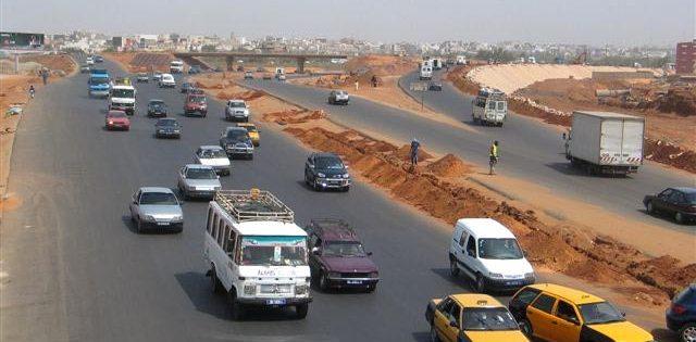 Infrastructures routières : Macky Sall fixe les axes prioritaires et les pôles générateurs de croissance