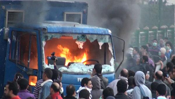 Égypte : 37 morts, plus de 1 000 blessés en 24 heures