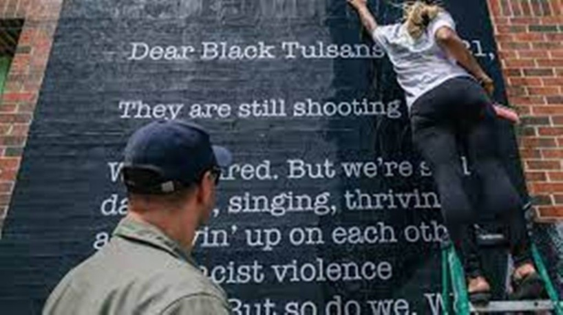 Les États-Unis commémorent les 100 ans du massacre de Tulsa dans l'Oklahoma