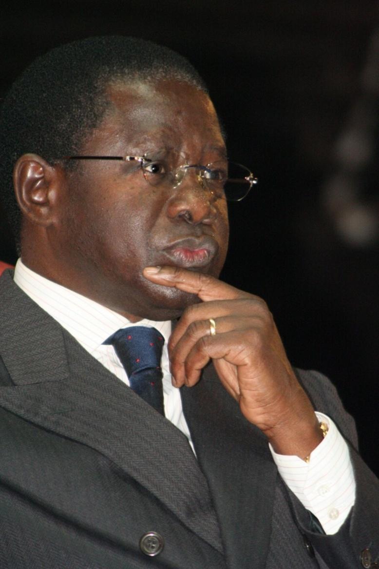 Razzia d'emprunts obligataires du président Sall: Pape Diop inquiet, avertit