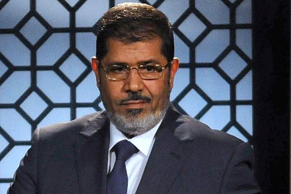 Egypte: ouverture d'une enquête pénale à l'encontre du président déchu Mohamed Morsi