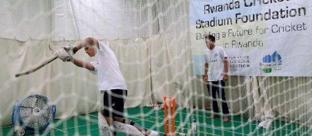 Du cricket jusqu'à l'effondrement pour la bonne cause
