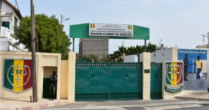 Évasion de Boy Djinné : mandat de dépôt pour les 3 gardes pénitentiaires et les 2 complices