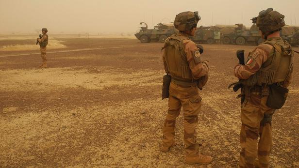 Mali: l'armée française tue un chef d'Aqmi responsable du rapt des journalistes RFI morts en 2013