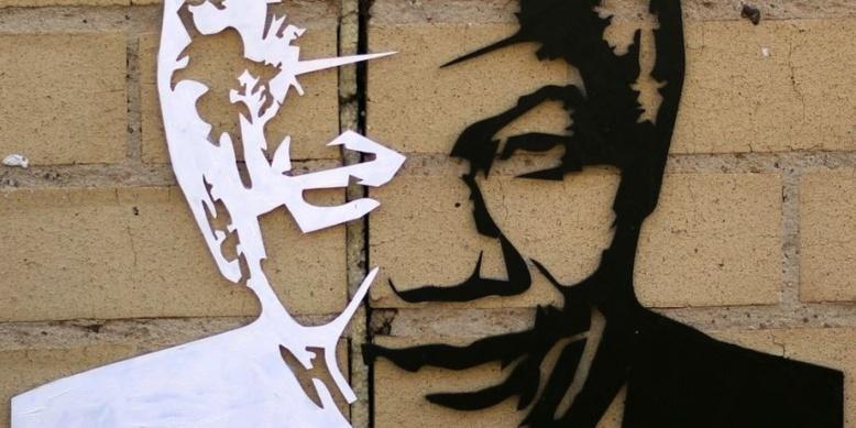 L'Afrique du Sud célèbre Nelson Mandela, toujours hospitalisé