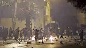 Troubles à Tunis après la mort d'un jeune arrêté par la police